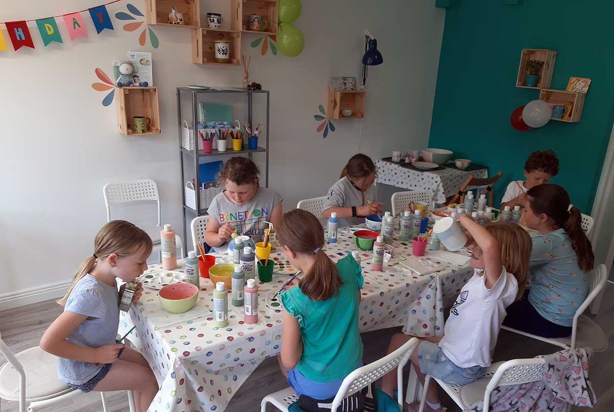 pottery-painting-birthday-parties
